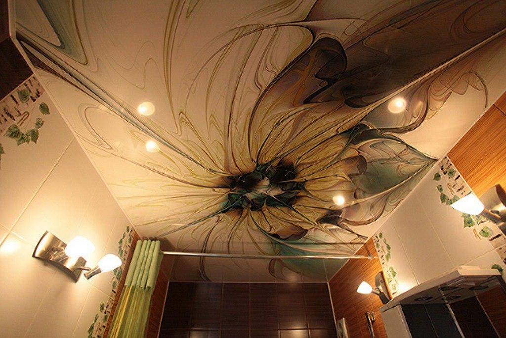 Натяжные потолоки с фотопечатью в Великом Новгороде