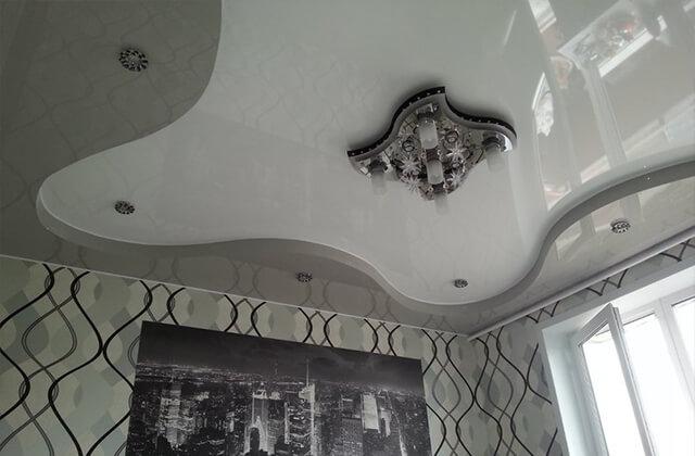 Двухуровневый натяжной потолок в Великом Новгороде